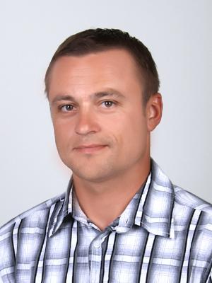 http://agrokoledg.at.ua/avatar/foto/bobrovskij_l.m-300x400.jpg