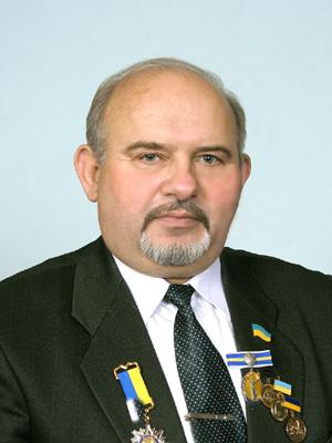 http://agrokoledg.at.ua/avatar/foto/chernikov_p.i-300kh400.jpg