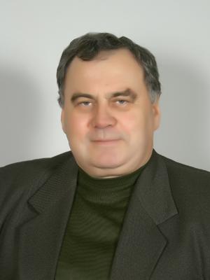 http://agrokoledg.at.ua/avatar/foto/dujunovich_r.s-300kh400.jpg