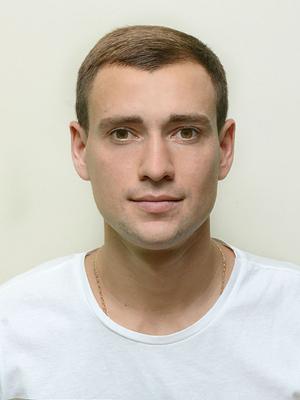 http://agrokoledg.at.ua/avatar/foto/len_oleg_valerijovich_gotovo.jpg
